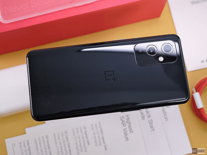 OnePlus 9 Unboxing and First Impressions