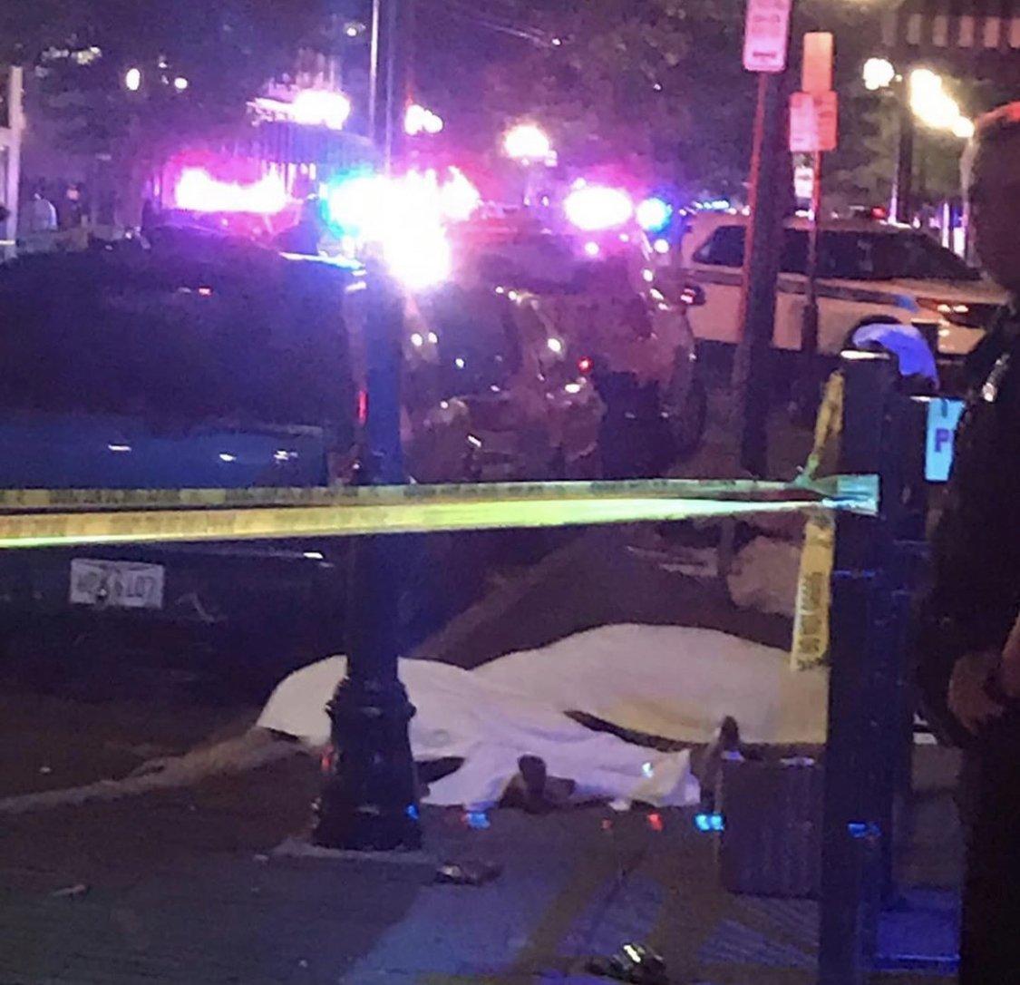 Apšaude pie bāra Deitonā. 10 bojā gājušie, 16 ievainotie.