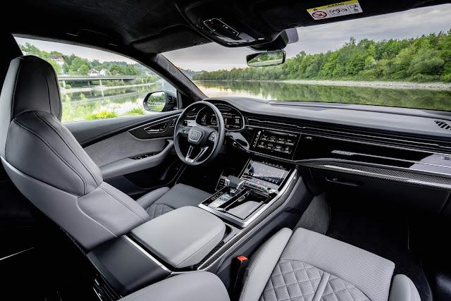 Audi SQ8 2021 V8 TFSI - interior