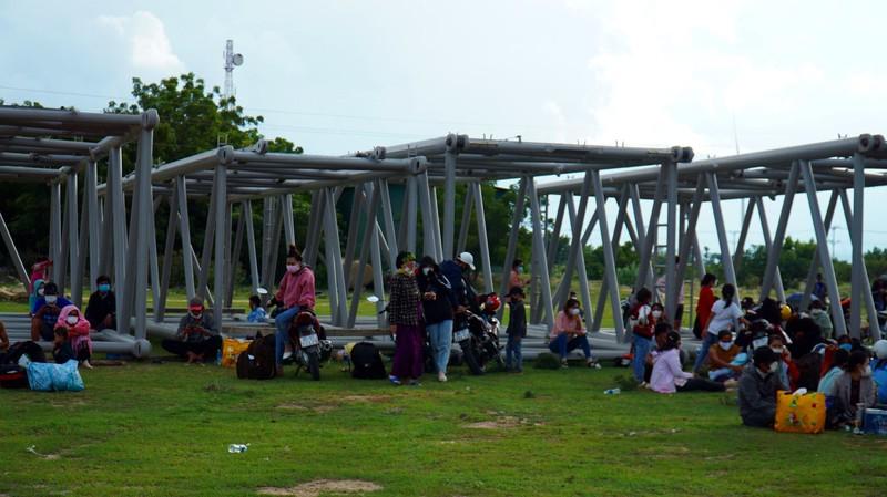 Ninh Thuận thống nhất không xử phạt người đi xe máy về quê