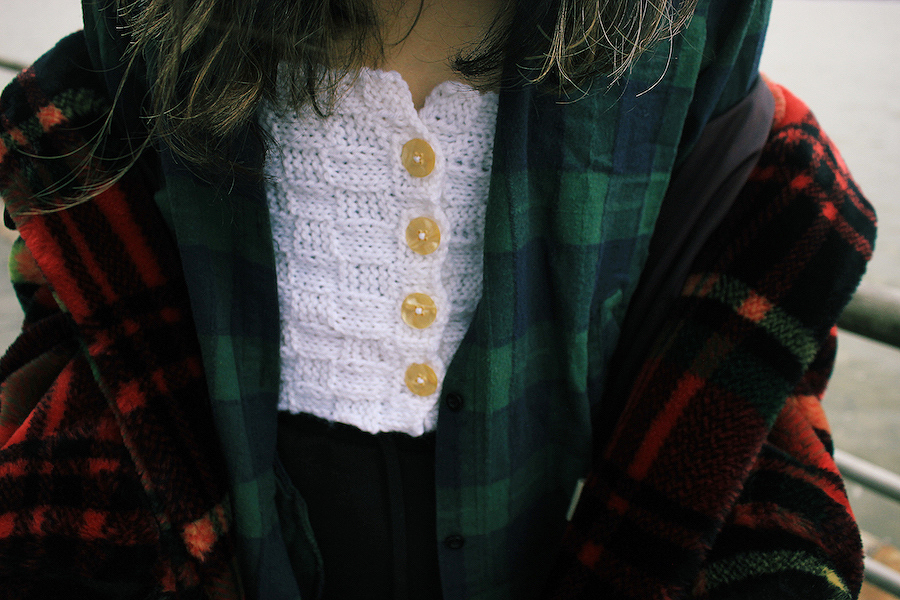 Knit details and plaid oversize NYC winter outfit