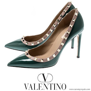 Crown Princess Mary wore Valentino Green Patent Leather Rockstud Leather Pumps