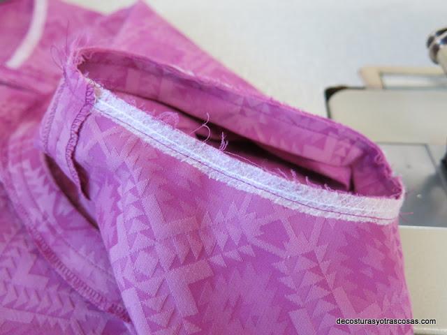 rematar la sisa de un vestido sin mangas