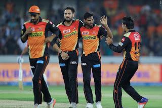 Bhuvneshwar Kumar 5-19 - SRH vs KXIP 19th Match IPL 2017 Highlights