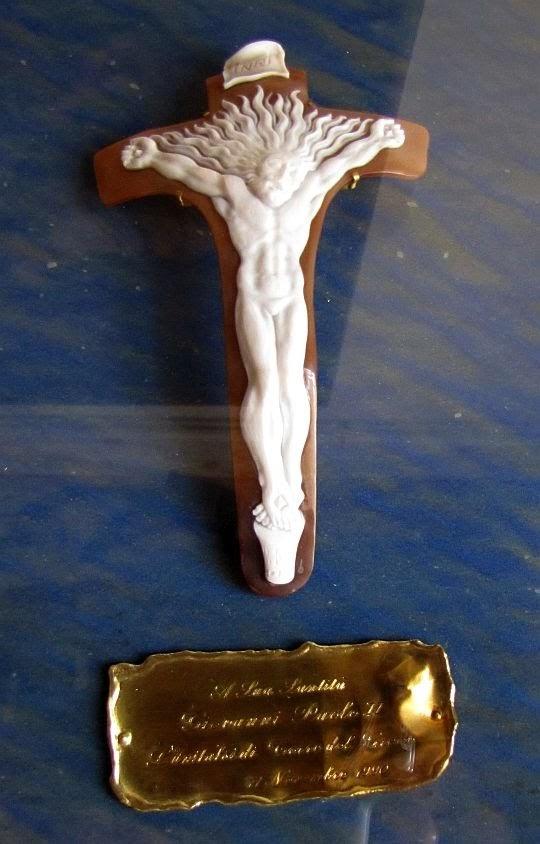 Krzyż z muszli sardyńskiej