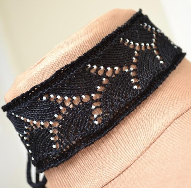 Beaded Lace Choker - Free Knitting Pattern