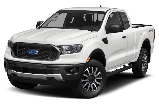 Front 3/4 view of 2019 Ford Ranger XLT Supercab