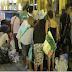 Pelea multitudinaria en un supermercado por la comida caducada (No es Venezuela, es España)