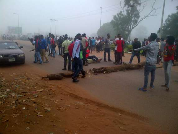 AAU Lecturers Escape Death As Students Disrupt ASUU Meeting
