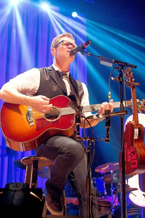 Steven Curtis Chapman - Number Ones Collection 2014 singing live on stage