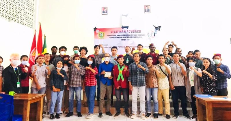 Ketua Presidium DPC PMKRI Makassar Resmi Membuka Kegiatan Pelatihan Advokasi