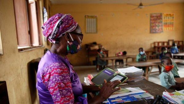 En Nigeria Secuestran a  profesores y alumnos de una escuela