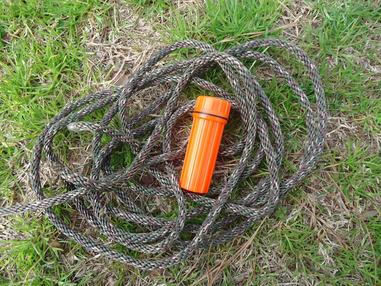 Black Scout Survival Hardcase Survival Compact Fire Kit