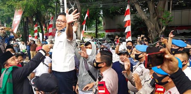 Hindari Bentrok, Massa Pendukung KAMI Desak Polisi Bubarkan Aksi KAMI Tandingan