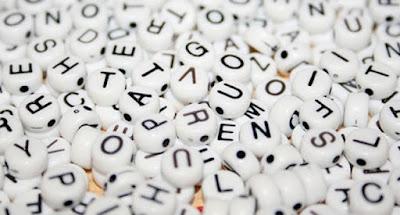 Harfler, Kelimeler, Anahtar kelime, zar şeklinde harfler
