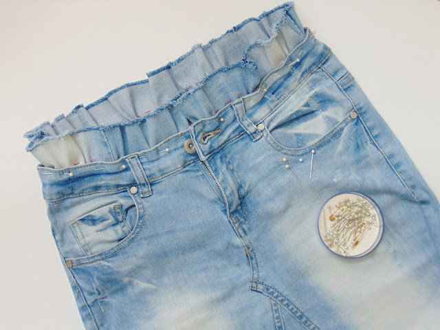 jak przerobić jeansy