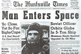 """Prima pagine del giornale 'The Huntsville Times"""" che annuncia il lancio di Gagarin."""