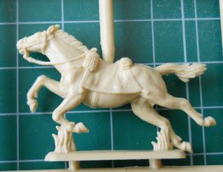 figura de caballo de plástico