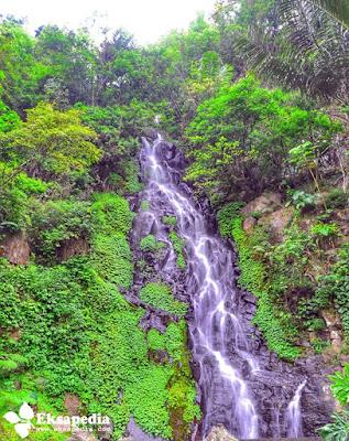 Air terjun Sumuran Seloprojo