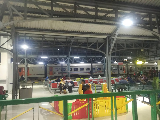 stasiun-balapan-solo