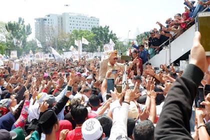 Jokowi Menang Survei Tapi Kampanye Makin Sepi, Prabowo Survei Kalah Tapi Kampanye Membludak