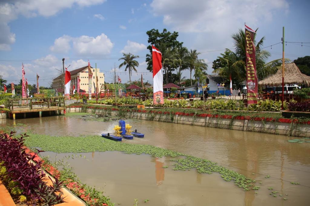 Kapolri Resmikan Kampung Tangguh dan Aplikasi Polisi Dulur Kito di Palembang