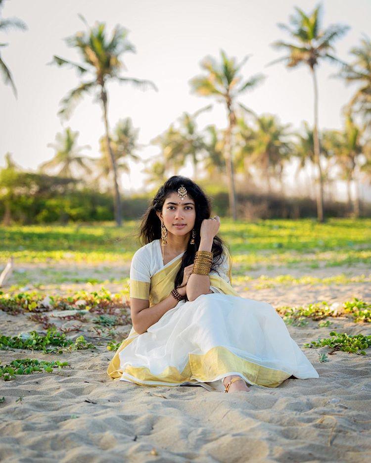 sai pallavi good morning images
