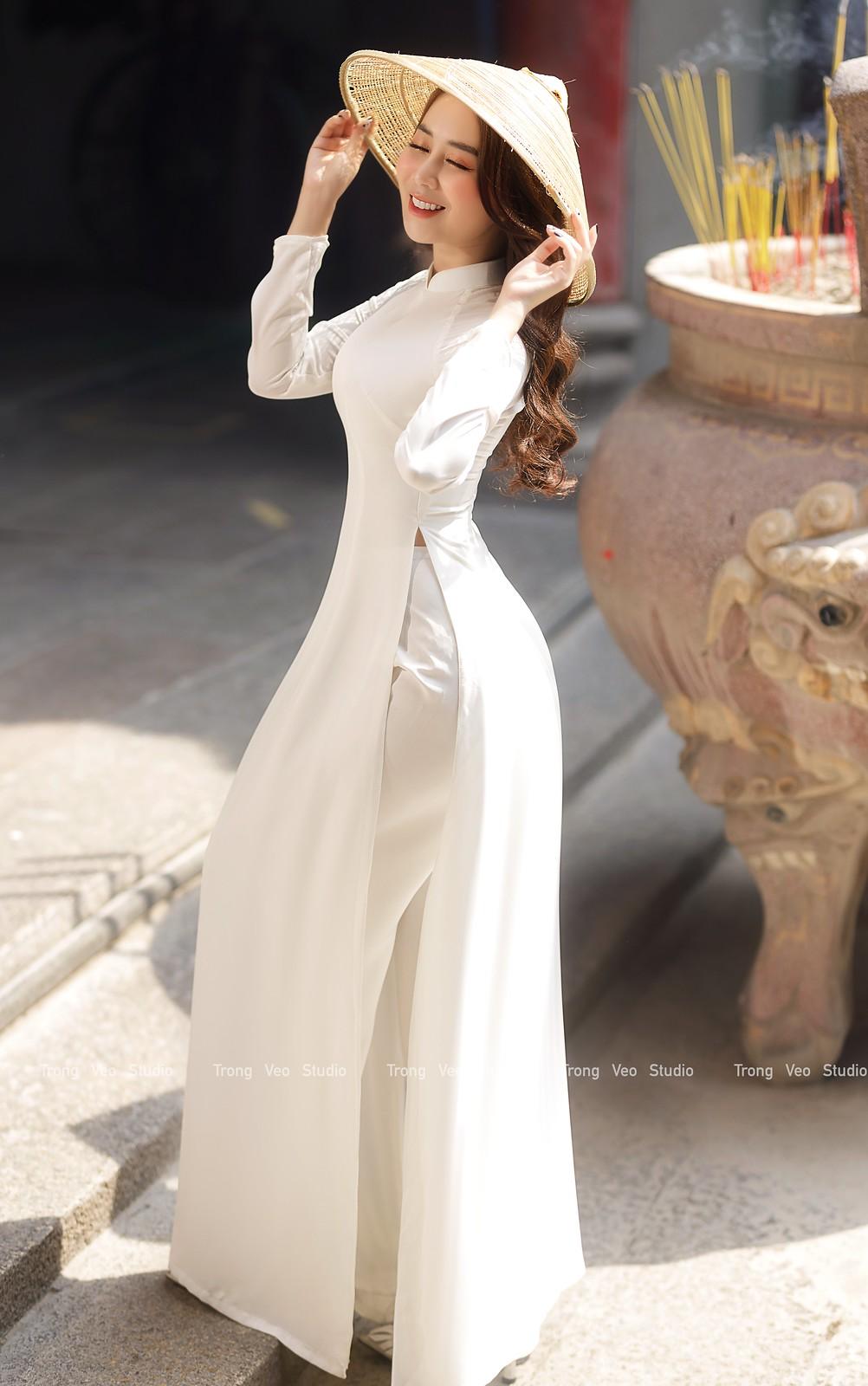 Ngắm hot girl Lục Anh xinh đẹp như hoa không sao tả xiết trong tà áo dài truyền thống - 25