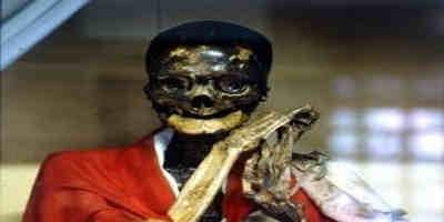 Os monges auto-mumificados do Japão
