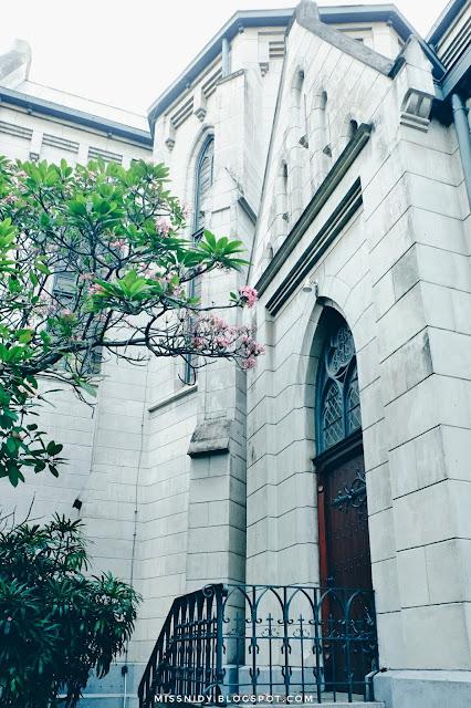 Lokasi foto prewedding di gereja katedral jakarta