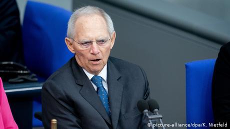 Φυσικά, ο Σόιμπλε κατά του ευρω-ομολόγου
