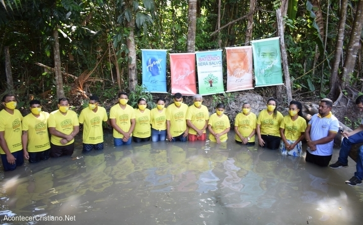 Bautismo en la selva