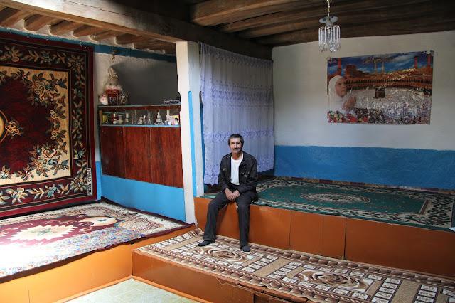 Tadjikistan, Haut-Badakhshan, Pamir, Garam Chashma, Goulom, maison pamiri, © L. Gigout, 2012