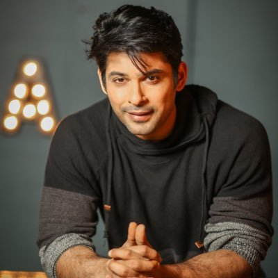 Sidharth Shukla (Indian TV Actor) - Here is the Indian TV actor Sidharth Shukla Biography, Height, Weight, Age, Wiki, TV Serial/Shows List, Upcoming Shows and latest photo and news on mtwikiblog.com.