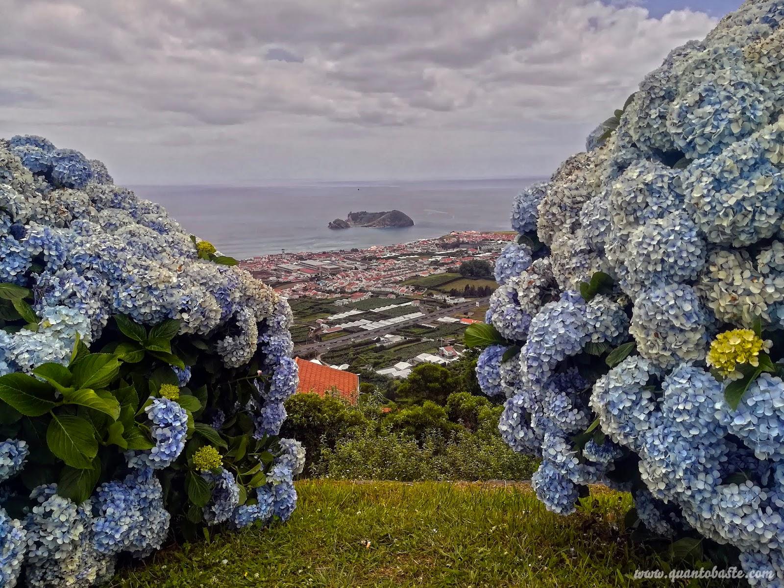 Vista da Ermida de Nossa Senhora da Paz para o Ilhéu de Vila Franca do Campo - Vila Franca do Campo - São Miguel - Açores