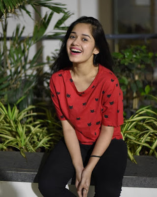 Jannat Zubair Images Download | hd tv wallpaper | Tiktok wallpaper
