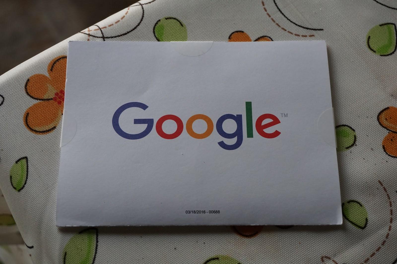 Googleアドセンスの個人識別番号が封入されたGoogleのロゴ入りの封筒