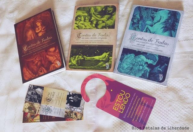 coleção com Contos de Fadas em suas versões originais