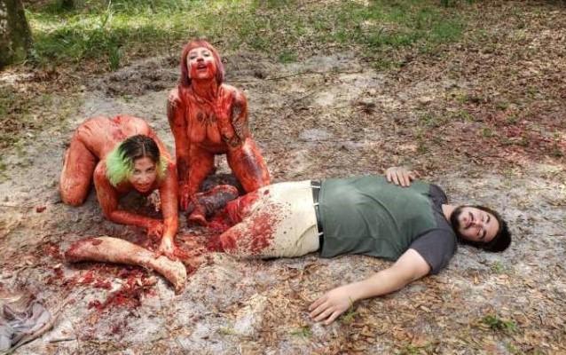 Sean Donahue presenta 'Naked Cannibal Campers': Porno dy terror con mujeres caníbales