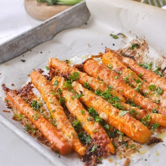 Parmesan Roasted Carrots #cauliflower #parmesan #vegan #paleo #vegetarian