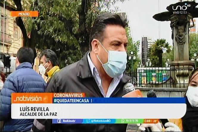 """Alcalde Revilla aclara que no existe fumigación """"casa por casa"""" y pide no dejarse sorprender"""