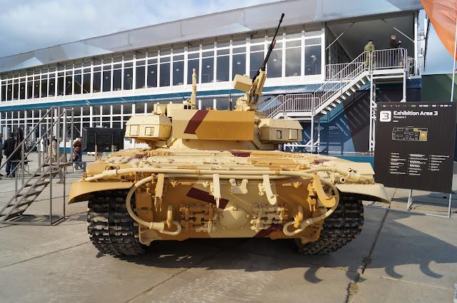 روسيا تطور نظام الحماية النشطة Arena-M للعمل علي كلا من T-72 و T-90 DSC00687
