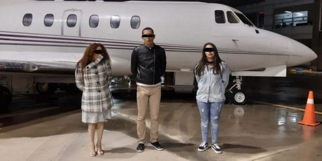 Internacional | Detienen a mexicanos que viajarían de Colombia a Sinaloa en jet cargado de cocaína