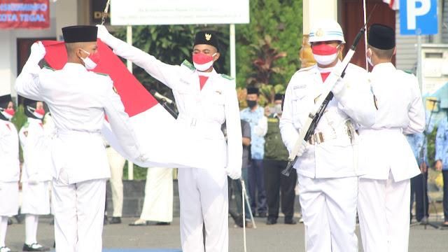 Upacara HUT RI ke-76, Walikota Tegal Dedy Yon Bacakan Pesan Gubernur Ganjar Pranowo