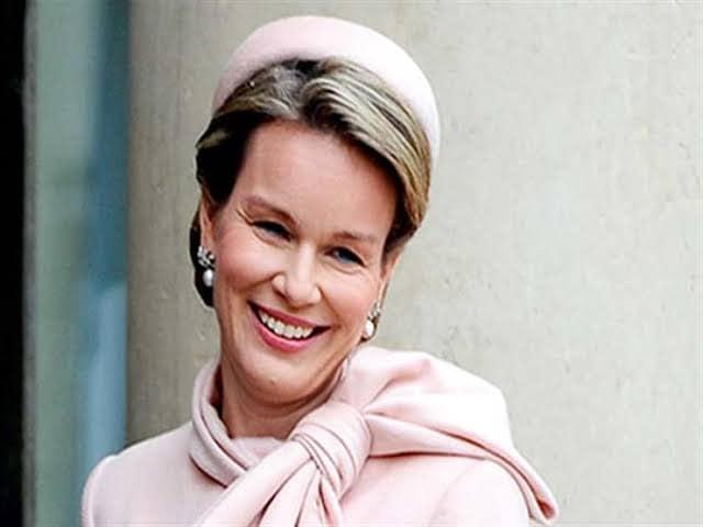 ملكة بلجيكا تحتفل بليلة رأس السنة في الفندق العائم بين أحضان نهر النيل