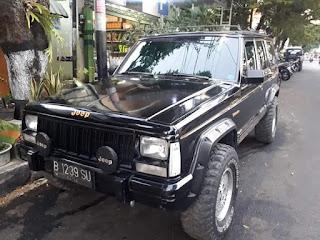 Gak Nyangka !! Mobil Bekas Milik Tommy Suharto ini Ditemukan Di Magetan Oleh Pedagang Mobil Antik