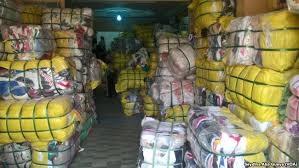 Tourisme, marché, Colobane, vente, produit, seconde, main, occasion, fripe, LEUKSENEGAL, Sénégal, Dakar, Afrique