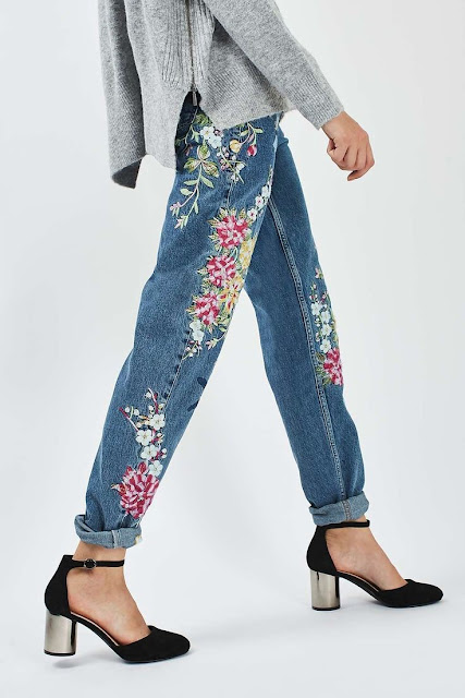 """Hé lộ kiểu quần jean thêu độc đáo đang được """" săn lùng """""""
