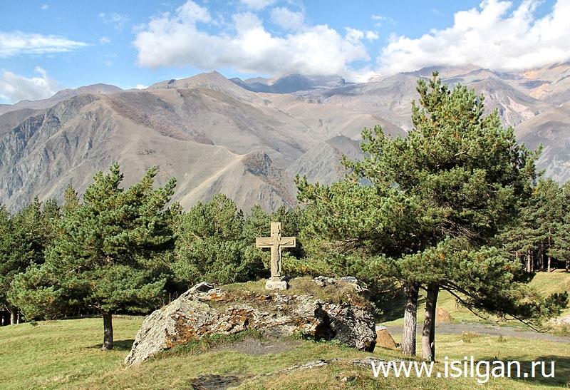 Каменный крест. Монастырь Отцов пророка Илии