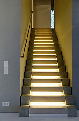 Instalaciones eléctricas residenciales - Escaleras
